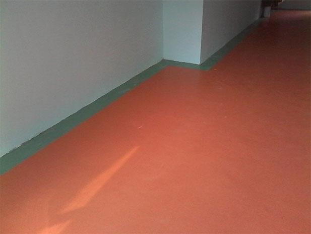 vwin彩票平台***中学塑胶地板